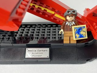 40450 Amelia Earhart Tribute – 12