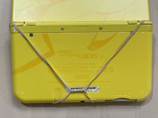 Nintendo 3DS Rubber Bands back